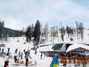Skiverleih im Skigebiet Stümpfling